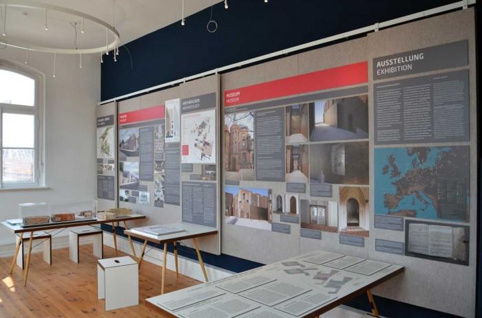 Info Kontor_flexibler Ausstellungsbau
