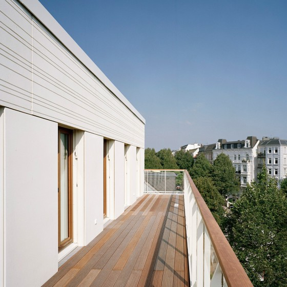 Blick vom Balkon des Penthouses. Foto © Dorfmüller Klier